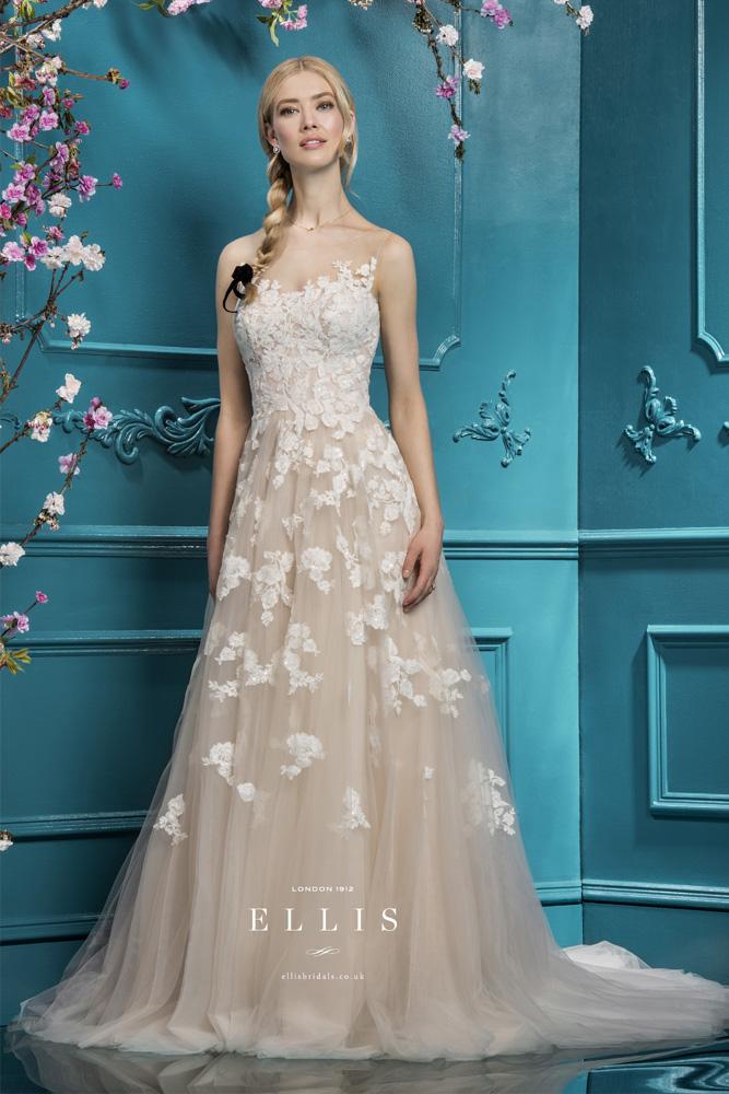 Designer Wedding Dresses | Bridal Gowns | Wedding Dresses Mansfield
